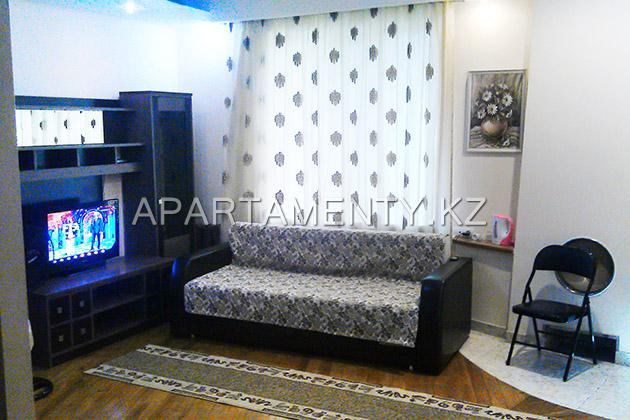 2-room apartment for daily rent, 91 al-Farabi Ave.