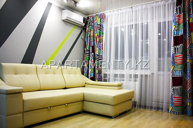Двухкомнатная квартира на сутки, Павлодар