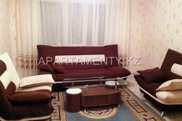 Двухкомнатная квартира в центре Атырау