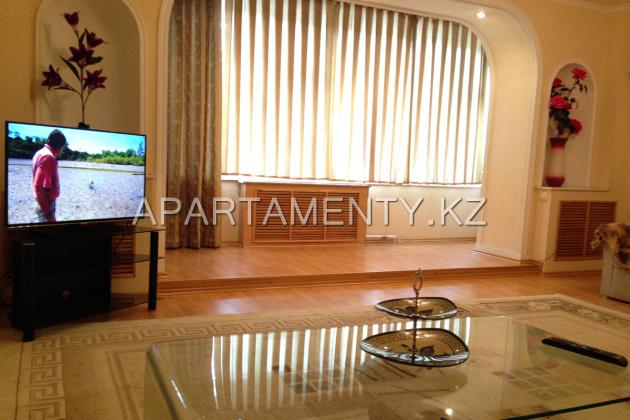 3-bedroom apartment in Shymkent