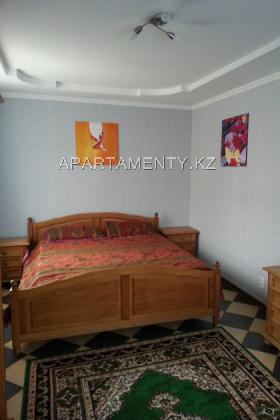 2 bedroom apartment daily