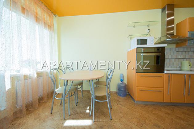 Элитная квартира посуточно, Астана-Триумф