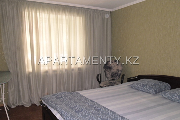 3-room apartment, st. Slavsky, d. 40