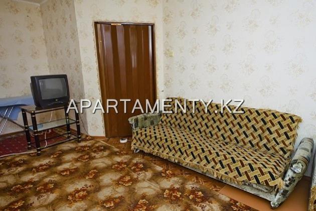 Однокомнатная квартира посуточно эконом, Караганда