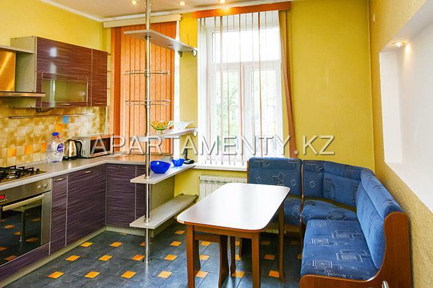 Однокомнатная квартира в Алматы, посуточно
