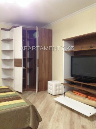 One room apartment for daily rent in Almaty