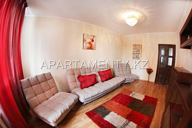 Двухкомнатная квартира посуточно, мкр Самал,Алмата