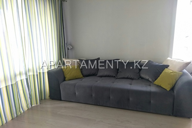 1-room apartment for daily rent on mozhayskogo 9