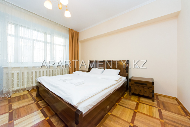 Luxury 1-bedroom apartment daily