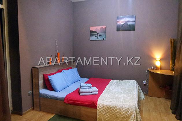 Апартаменты посуточно на Калдаякова, в Алматы