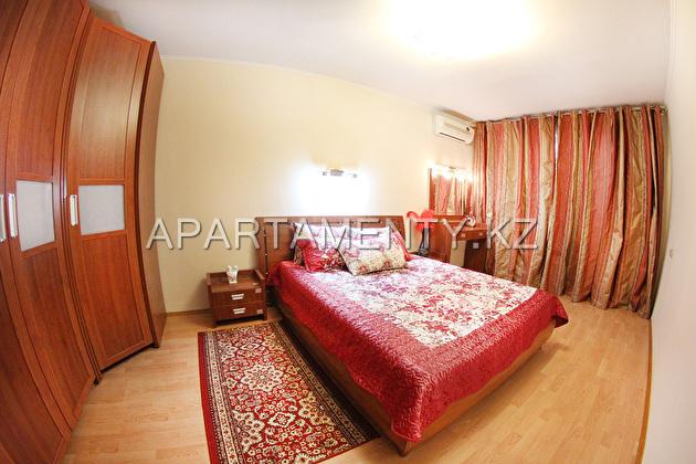 Квартира посуточно в центре Алматы