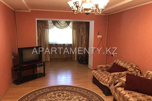 3-room apartment for a day in Shymkent