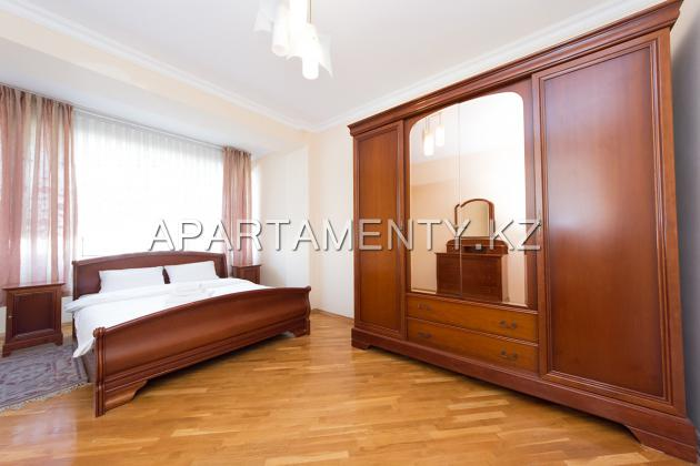 Comfortable 3 bedroom apartment Pushkin the Gogol