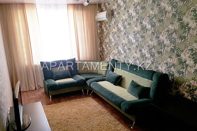 Двухкомнатная квартира посуточно, Актау - 14 мкр.