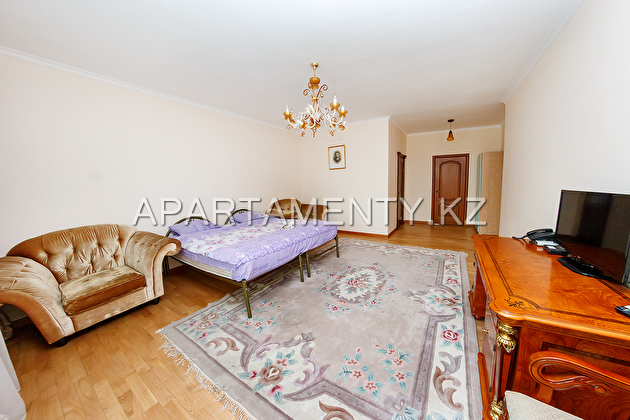 Apartment for rent, the left bank of the LCD