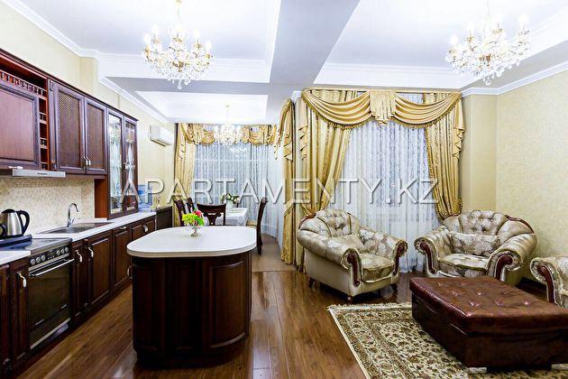 Элитная квартира посуточно в центре Астаны