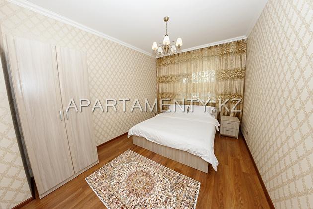 Rent three-room apartment on Sauran