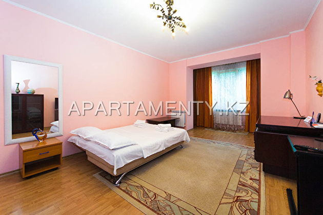 Spacious apartment in the center of Almaty