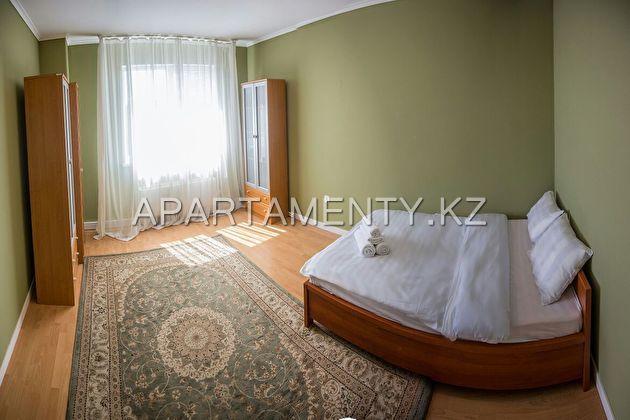 Трехкомнатная квартира на сутки,Mega Towers Almaty