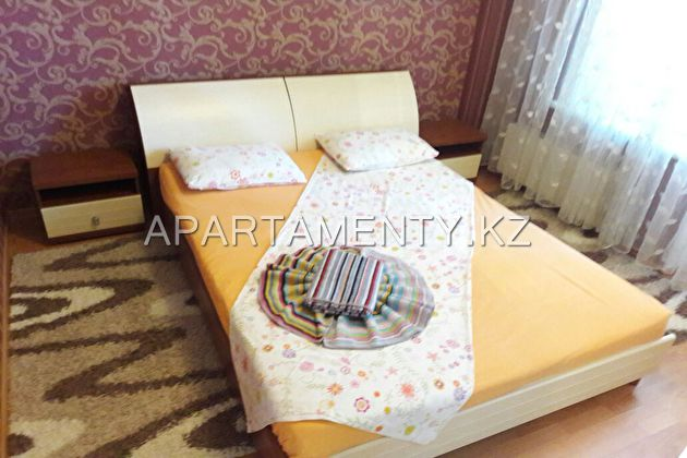 apartment, weekly in Atyrau