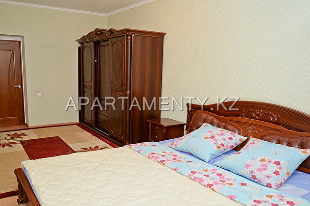 Luxury one-bedroom apartment, Aktobe