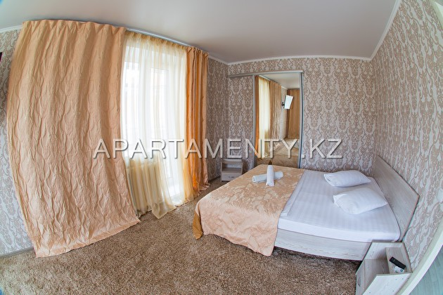 One-room apartment (euro) in the center of Kostana