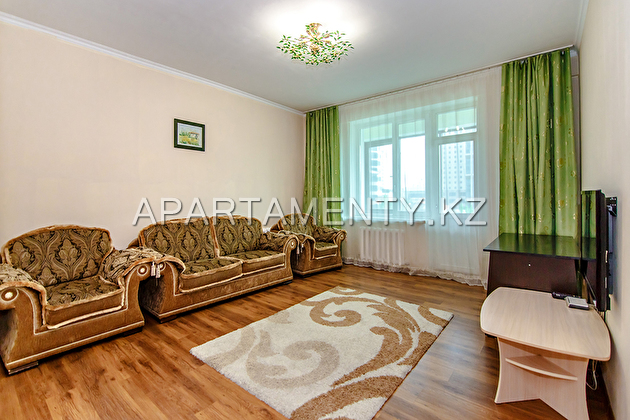2-room apartment, st. Dostyk, 13/1