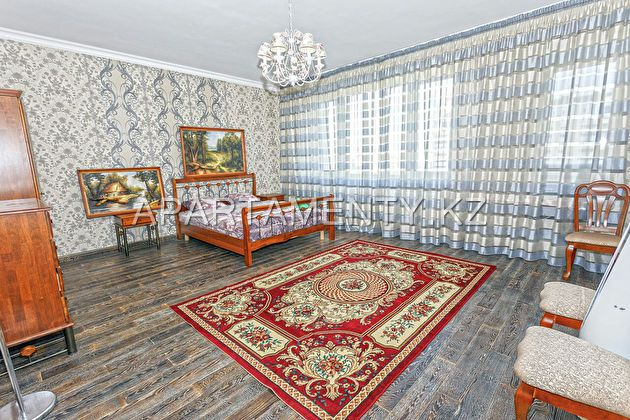 Large one-bedroom apartment for daily rent in Nurs