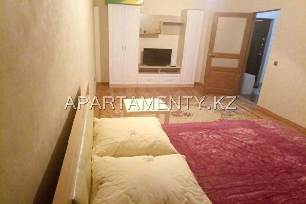 1 bedroom apartment for rent, Koshkarbayev str. 32