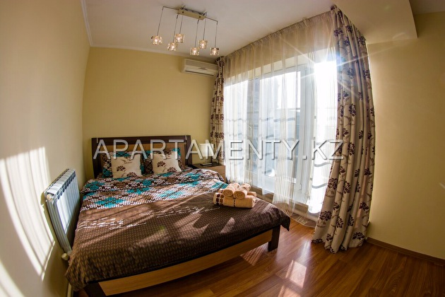 3-room apartment for daily rent, Dostyk str., 44