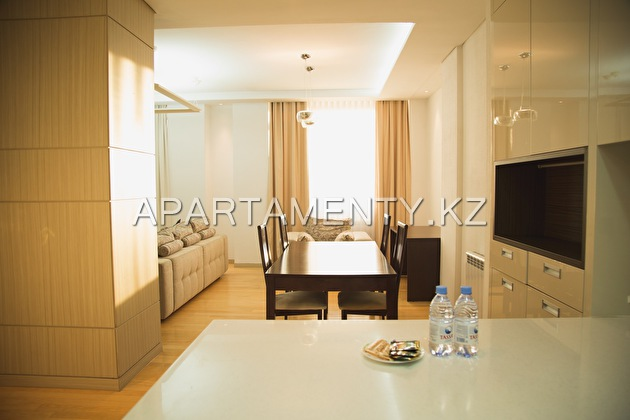 2-room apartment, st. Moldagulova 54E
