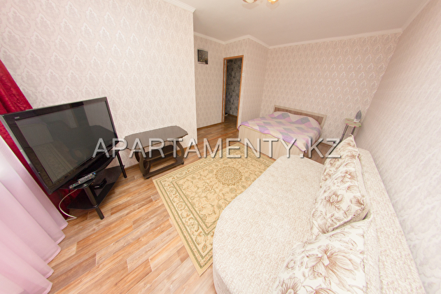 1-room apartment for daily rent, zhabaeva 137