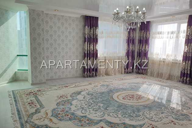 6-room apartments for rent in Aktobe