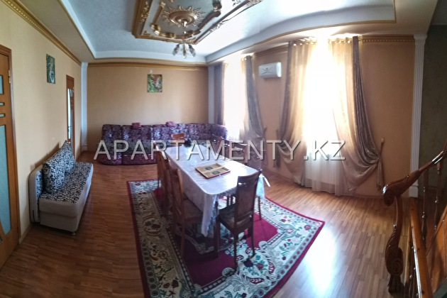Comfortable cottage for rent in Shymkent