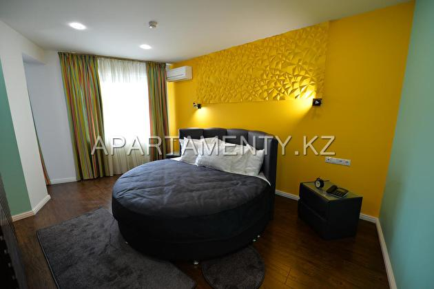1 bedroom VIP apartment in the city center