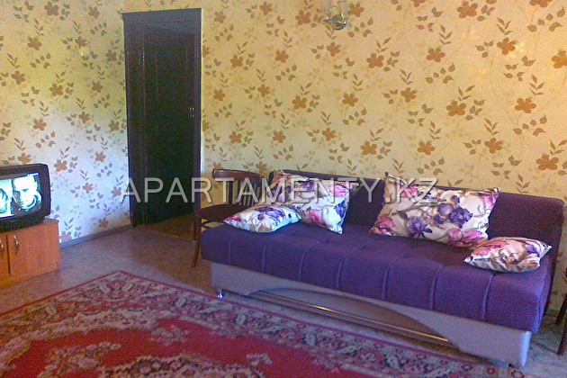 2-room apartment for daily rent, ul. Satpaeva 29