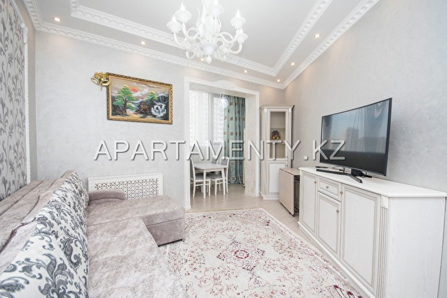 3-room apartment for rent daily in Almaty