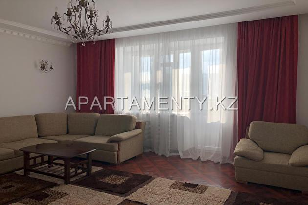 4-room apartment for daily rent in Aktobe