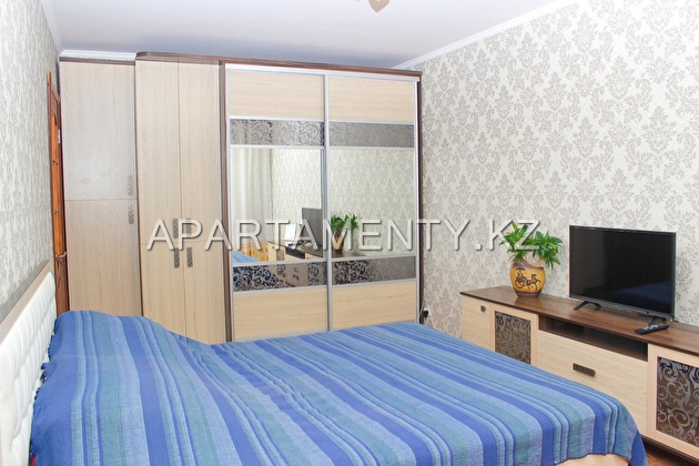 1-room apartment, 86 kairbaeva street