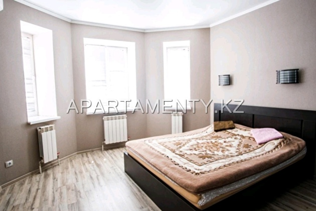 2-room apartment for daily rent, Batys 2