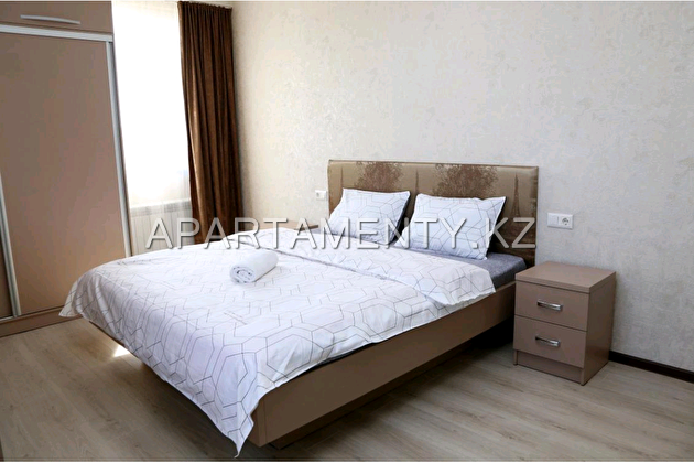 2-room apartment for daily rent, ul. Mametova 54