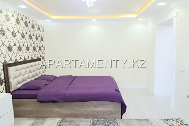 1-room apartment in Shymkent