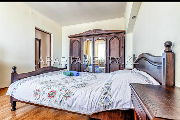 3-room apartment for daily rent, 12 MKR.