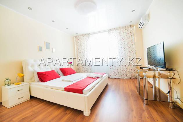 1-room apartment for daily rent, Dostyk str. 5