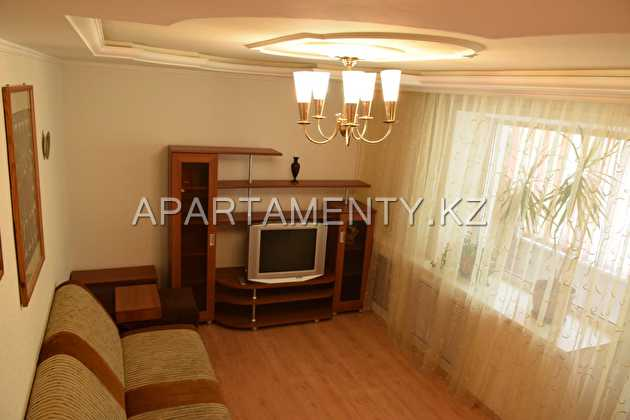 2-room apartment for daily rent in Uralsk