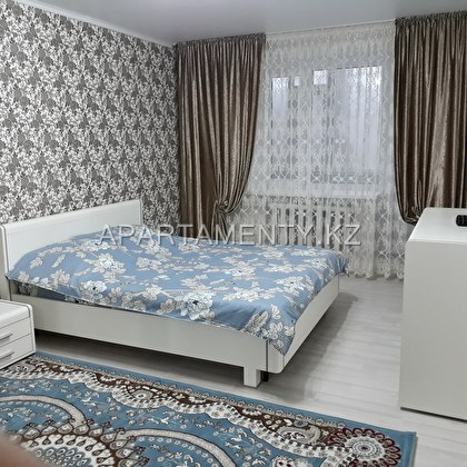 1-room apartment for daily rent, 42 Aiteke bi str.