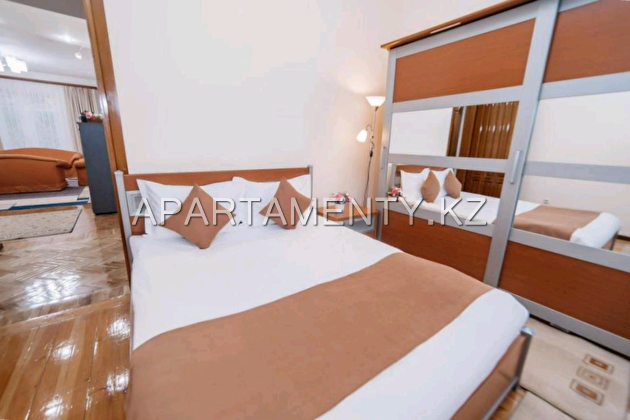 3-room apartment in Shymkent