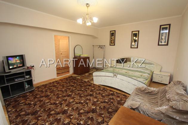 1-комнатная квартира в центре Алматы