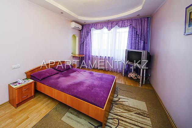 Двухкомнатная квартира посуточно в Алматы