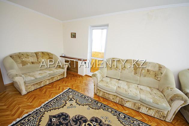 Посуточная аренда квартиры в Караганде, Абдирова
